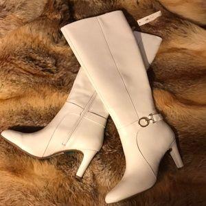 Bandolino Lella leather wide calf  boots